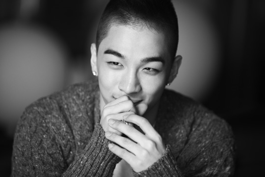 "Taeyang, ""I want to change my hairstyle but I have no time"" » 80"