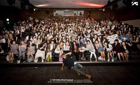 Fan Hug Seoul2